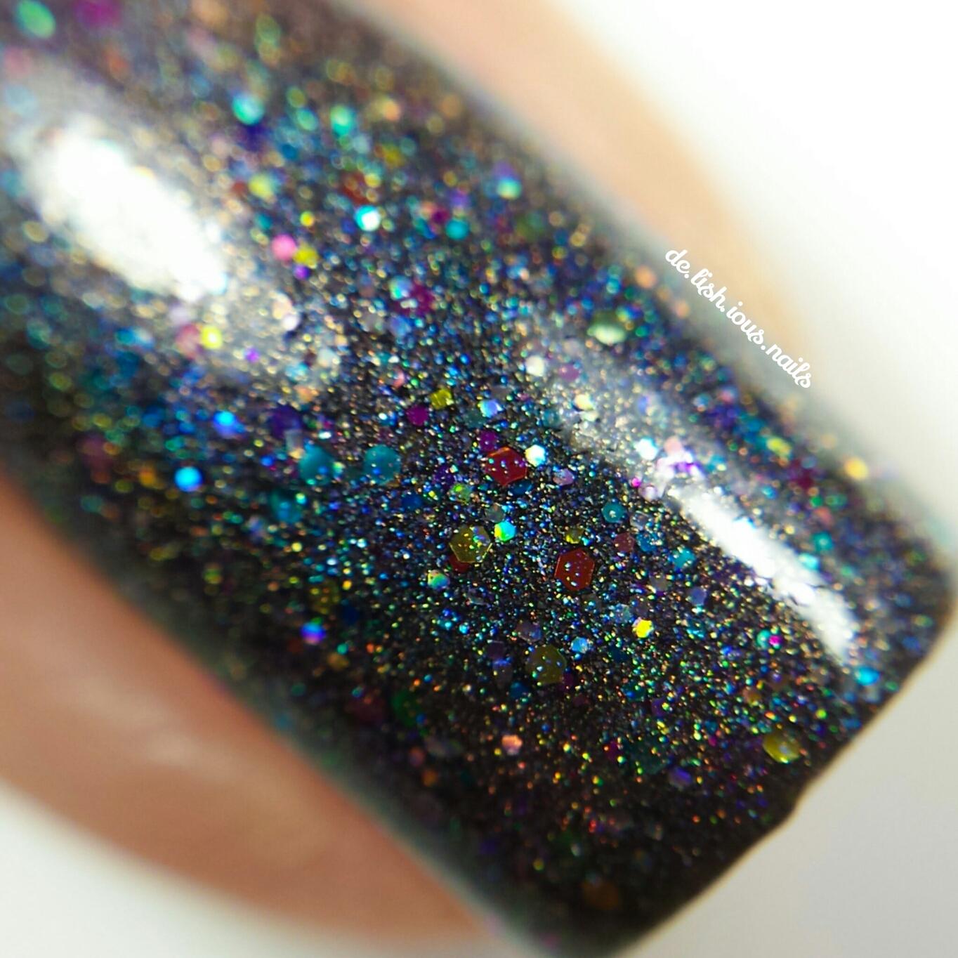 glam-polish-what-exactly-is-she-wearing-4.jpg.jpeg