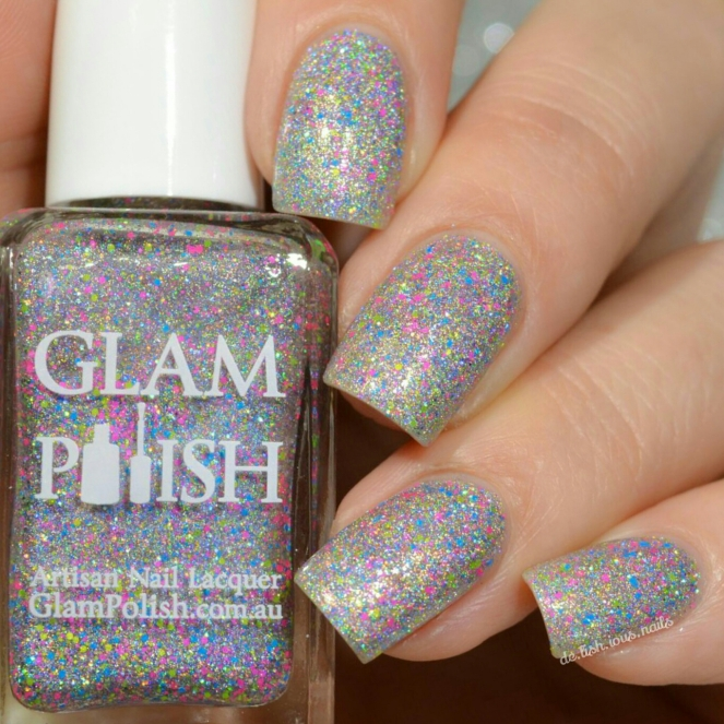 Glam_Polish_Showtime_Synergy_Truly_Outrageous_3