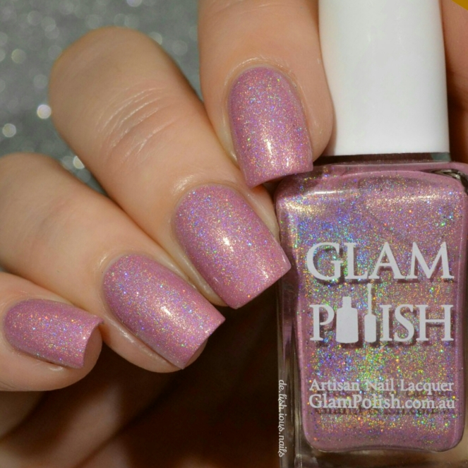 Glam_polish_king_Always_on_my_mind_2