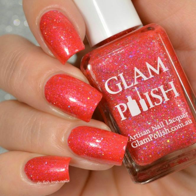 Glam_polish_alice_i_really_do_love_that_hat_