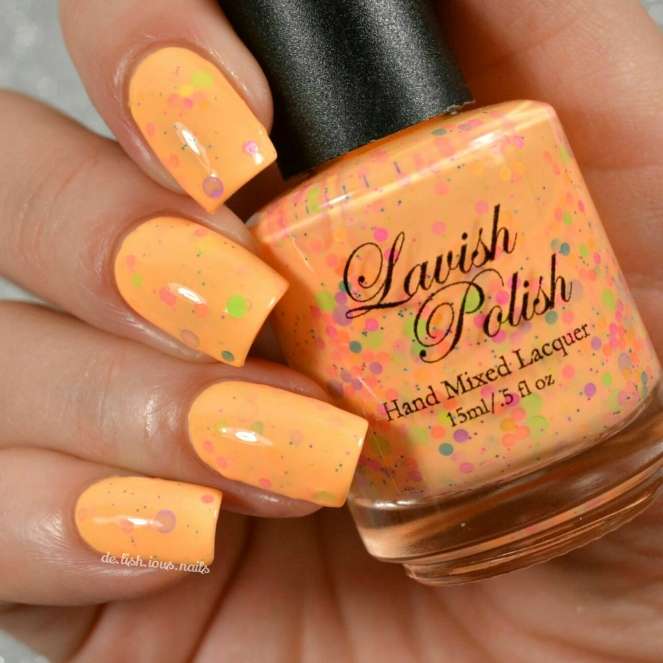 Lavish_polish_summer_sandcastles_